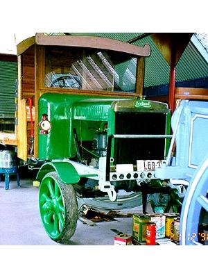 """1914 """"B"""" Model RAF Leyland 3 tonne truck."""