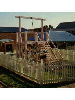 Gallows - freestanding outdoors