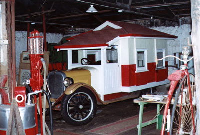 Australia's first motorised caravan