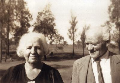 'Wardie' and Percy at Biddon c.1948