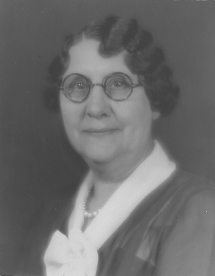 Eva Leota Towe c 1940