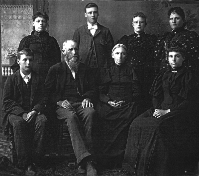 The Kelso family c.1895. Nancy back row left.
