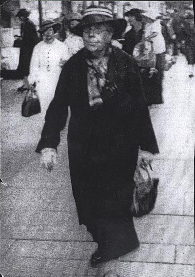 Florence Sharpe in Adelaide c.1939