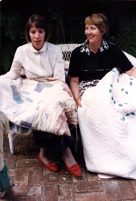 Elsie Roberts & quilt, daughter Sue Mathews