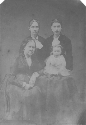Surnames are: Wight (seated), Stid, Northam and baby Whipple c.1876
