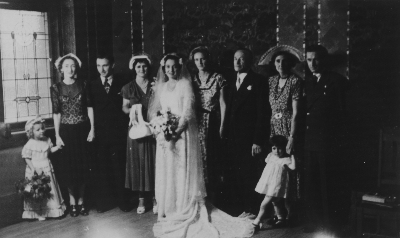 Delia, second on right with daughter Daphne. Ruth Piotrowski's wedding.