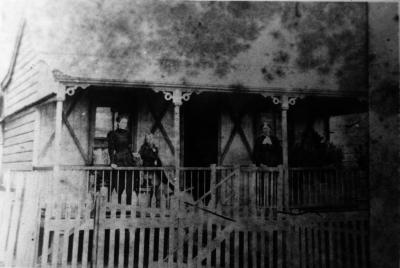 Marianne, daughter, left; Hanora, right, Qld. C. 1896