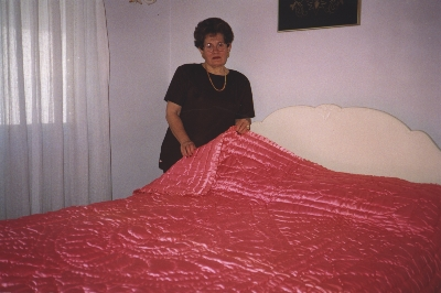 Maria Kirke with her quilt, 2000